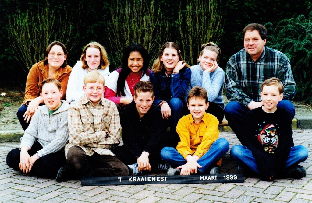 piershil-schoolfoto-obs-19981999-groep8