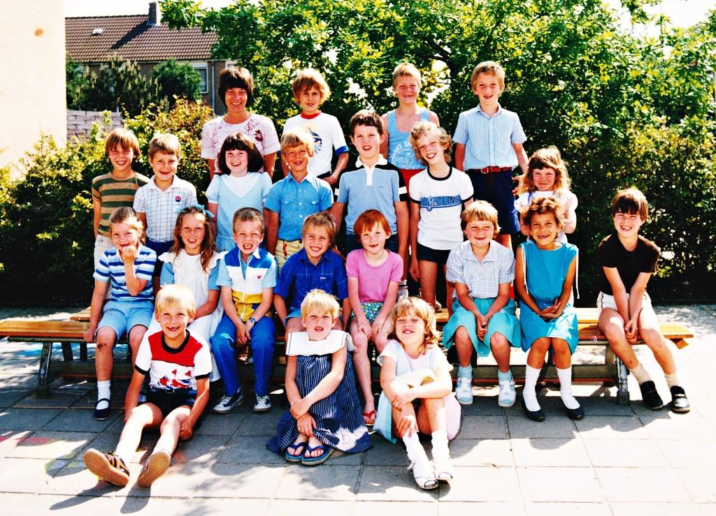 schoolfoto-ols-1982-1983-klas12