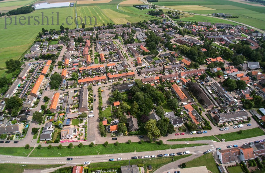 piershil-luchtfoto-1aug2015-02
