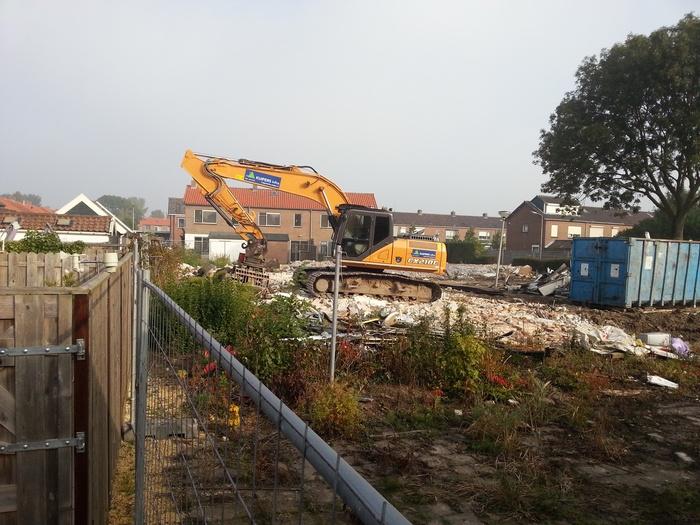 piershil-prinsbernhardstraat-sloop-huizen-3okt2015-01
