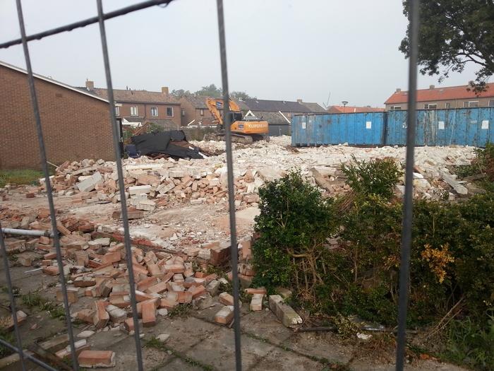 piershil-prinsbernhardstraat-sloop-huizen-3okt2015-05
