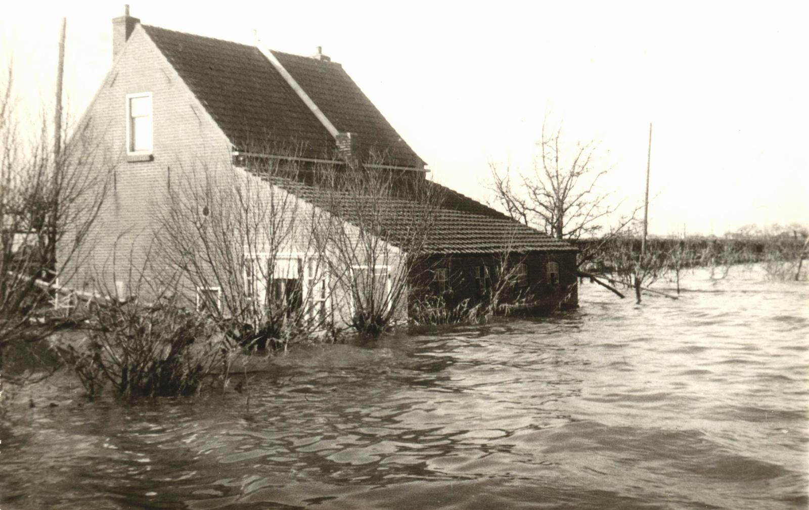 huis-oude-nieuwlandsedijk3-goudwaard