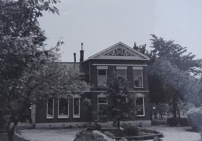 ambachtsheeerenhuis-zbl